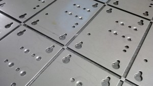 Pump mounting plates