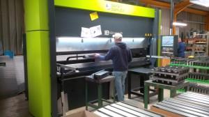 Bending sheet metal components
