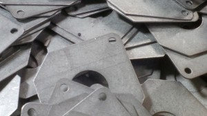 Sheet metal fixing plates