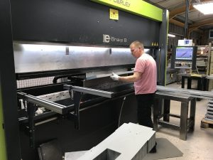 Folding with a Safan CNC press brake