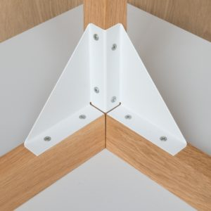 Close up view of table bracket